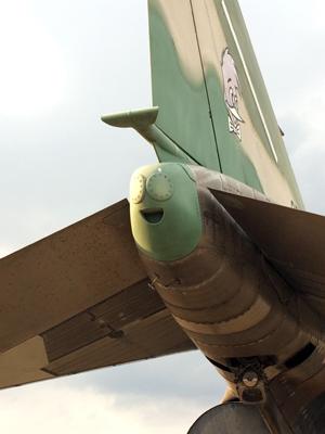 F-4_52.jpg