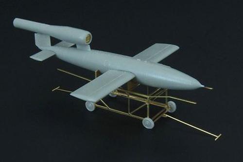 Fi-103_01.JPG