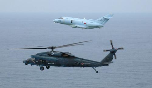 UH-60J&U-125A.jpg